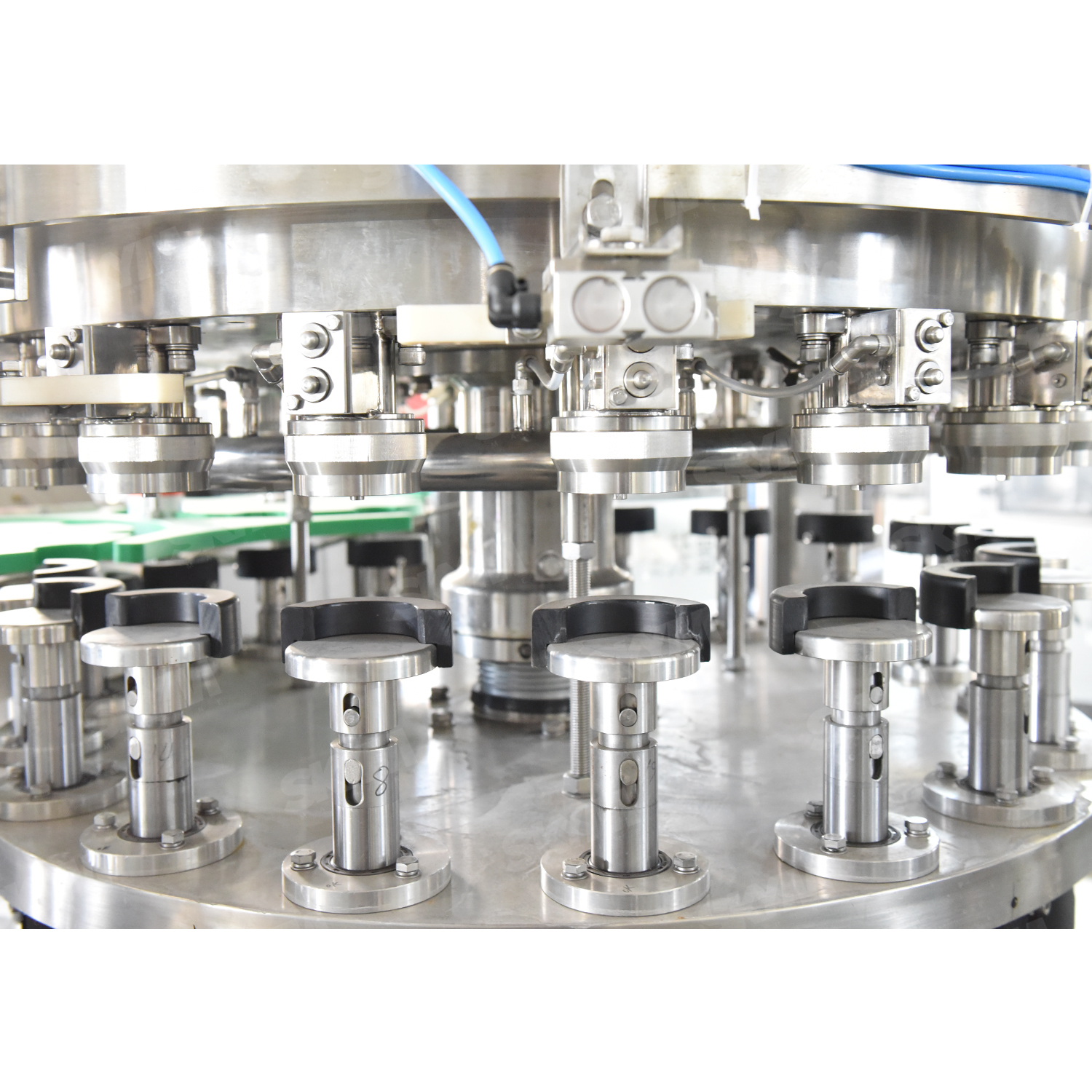 Automatic Aluminum Soda Can Bottle Canning Filling Machine