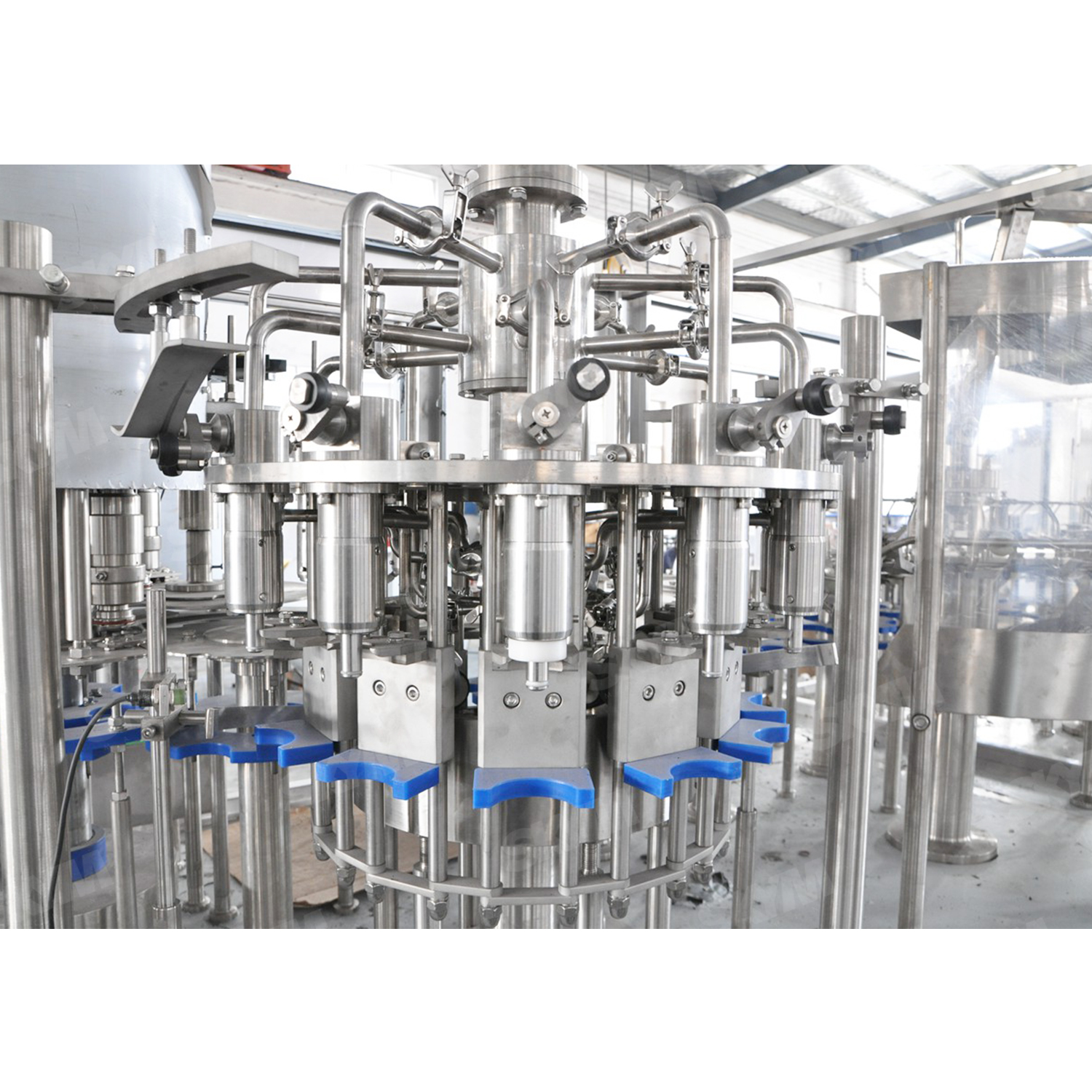 PLC Contorled Milk Plastic Bottle Filling Machine